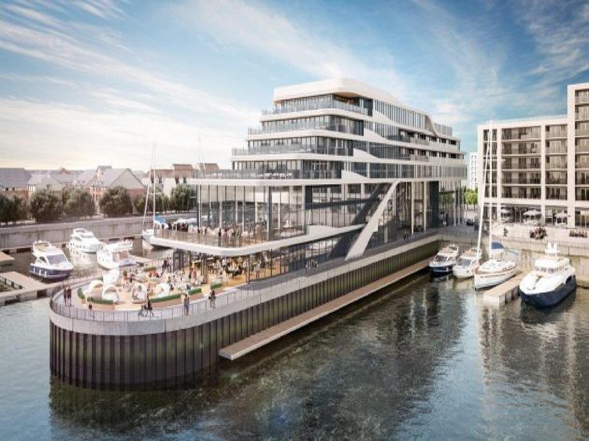 Southampton harbour hotel exterior